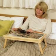 Plateau de lit en bois Homecraft | Autonomie & vie quotidienne