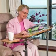 Table de fauteuil avec tablette Days | Autonomie & vie quotidienne