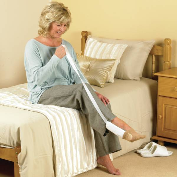 Enfile-chaussettes en tissu éponge Homecraft® | Autonomie & vie quotidienne
