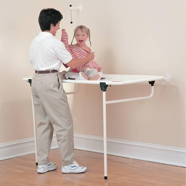 Table à langer / Civière de douche pédiatrique   Autonomie & vie quotidienne